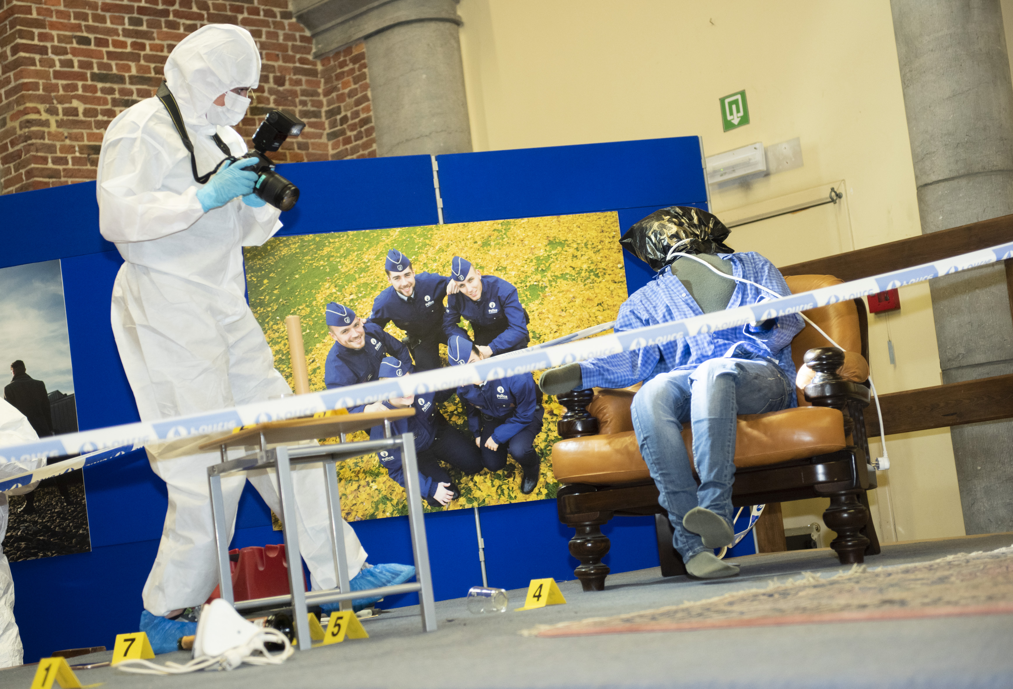 "Action Lab Federale politie ""Solve the crime scene"""